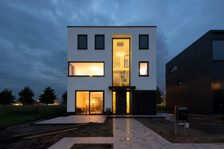 https://flic.kr/p/WsPy2f   Kubuswoning, Terwijde, Utrecht   Architect: Harry Klinkhamer (2017)