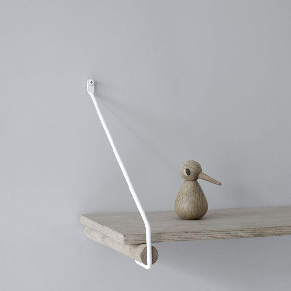 Shelf holders / clothes rack
