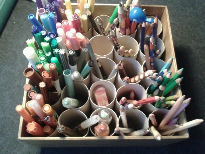 wc rolletjes en opruimen. erg handig geen losse stiften pennen mooi op kleur!!!