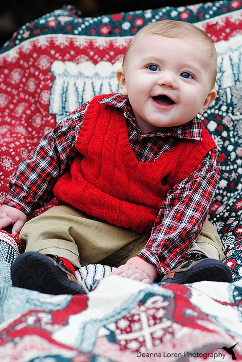 4-month-old baby boy Christmas picture ideas | Adorable outfit | Deanna Loren Photography