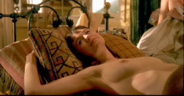 "CELEBRITY NUDE CENTURY: Emily Mortimer (""The Newsroom"")"