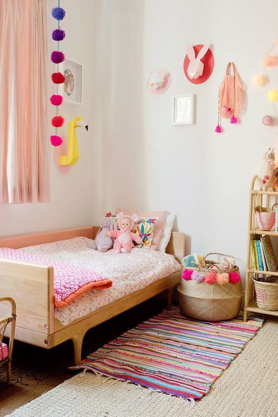 Beautiful room decor! Full of colors and details! Lovely! - Kids Room Ideas