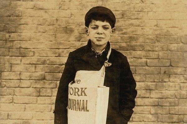 Fotografia Sprzedawca gazet -obrazy na ścianę
