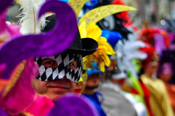 izmir carnaval mask