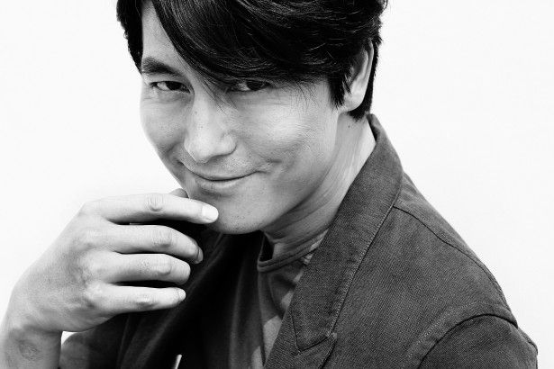 Jung Woo Sung Reported to Be Dating Non-Celebrity | Soompi