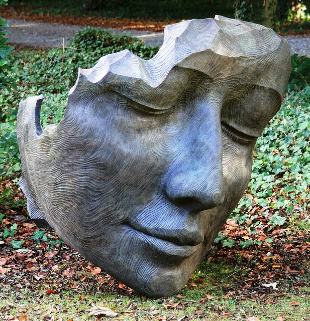 Face sculpture by ruthhallam, via Flickr Ceramic Heads/ 3D Heads