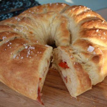 Fyllda bröd - picknickbröd, passande till sallad eller buffébordet