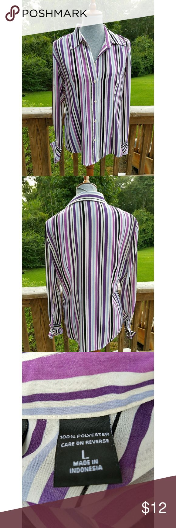 New York and Company Top New York and Company Top  Size Large  100% Polyester  Like New Condition New York and Company Tops Button Down Shirts
