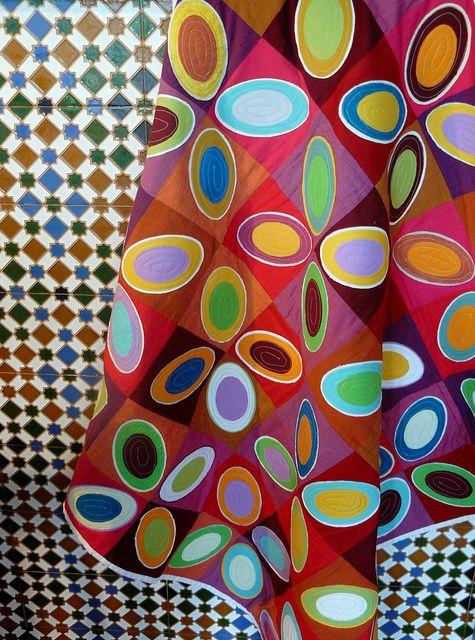 A la manière de Vasarely Colorful quilts Circle quilts