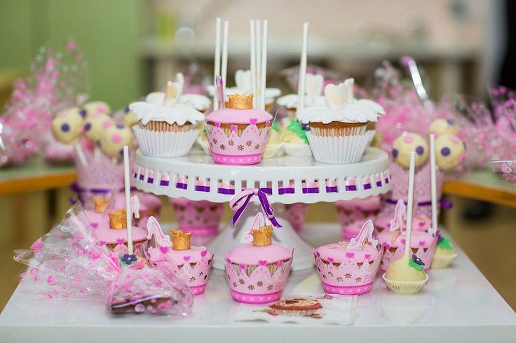 Капкейки и кексы для принцессы