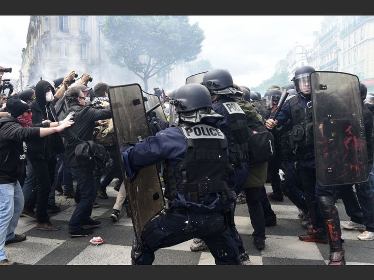 PHOTOS. Loi Travail : affrontements lors de la manifestation du 14 juin
