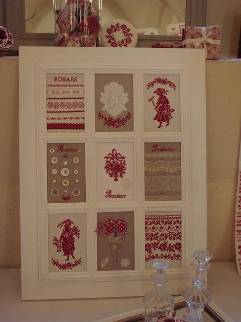 Fenêtre sur rouge et blanc by Lapichon