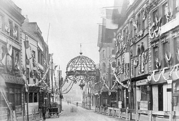 Another photo about Queen Victoria's visit to Derby in 1891. She is said to have been particularly impressed by these decorations in the Cornmarket, Derby. Read more at http://www.derbytelegraph.co.uk/12-photos-which-show-derby-in-all-its-victorian-glory/story-29763632-detail/story.html#KaJtrFSKhH1TzRoH.99