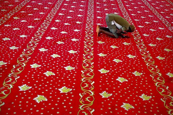 09-10-15 / Un musulman à la mosquée Selimiye