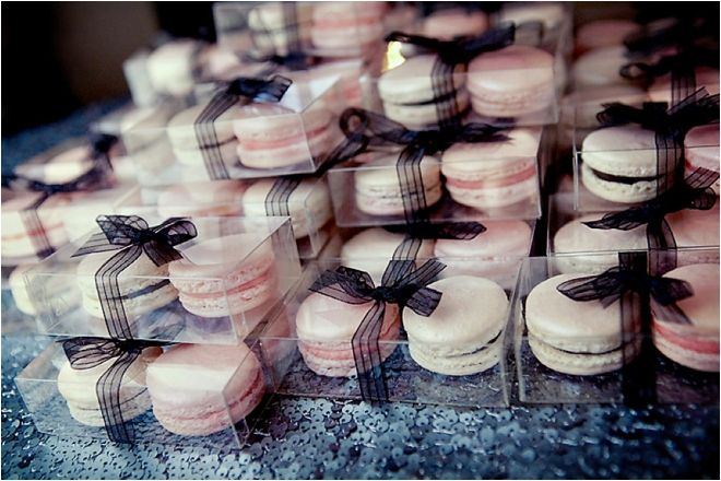 French Macaron Wedding Favors ~ Photo: Pink Posh Photography -- Pin from: http://houstonweddingblog.com/2014/02/classic-black-white-and-blush-wedding-at-hotel-zaza/. Wedding Favors // Aisle Perfect