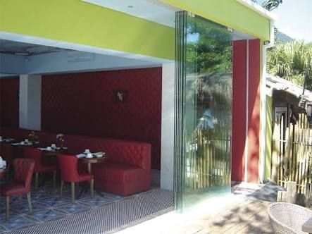 Porta de vidro ,janela de vidro ,esquadrias ,portao alumínio ,envidraçamento de sacada,sistema Stanley ,suprema ,Gold ,linha 25,vidro temperado ,espelho ,box