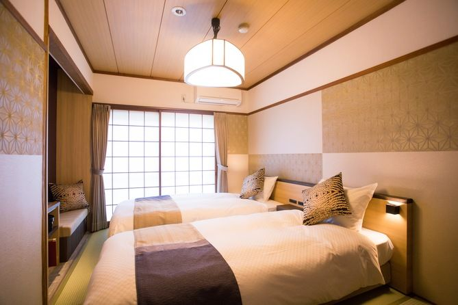 南館6畳和室ツインベッドルーム 公式 最低価格保証 5大特典 島根 南館6畳和室ツインベッドルーム 和室 ベッド インテリア 和室 モダン 寝室 和のインテリア