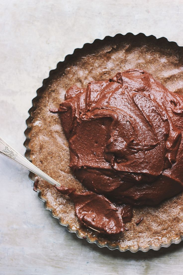 Raw Chocolate Tart with Cashew Crust | @With Food + Love