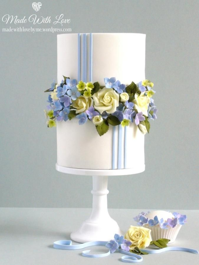Blue Sugar Hydrangea and Sugar Roses Wedding Cake ~ all edible
