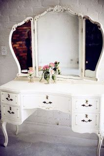 Toucador; Penteadeira; Vanity table