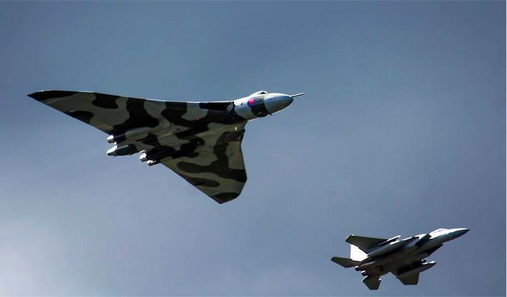 #Vulcan and #F15 flypast i
