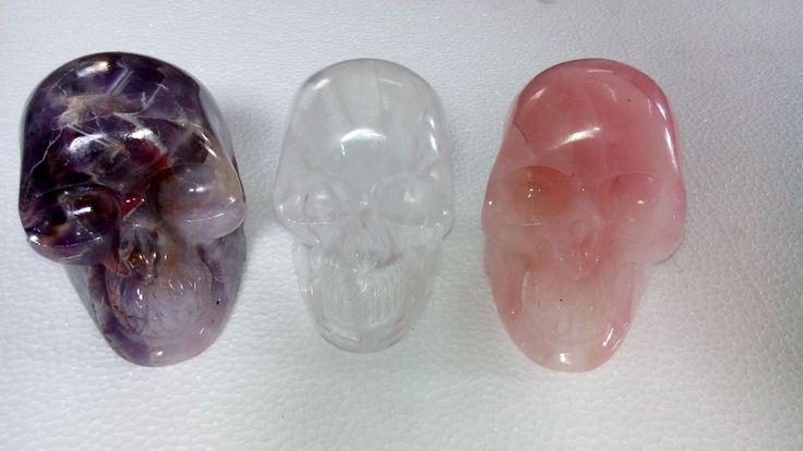 Gemstone Skulls 12