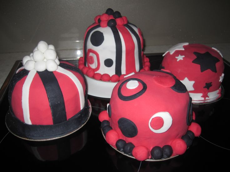 Red black and white cakes