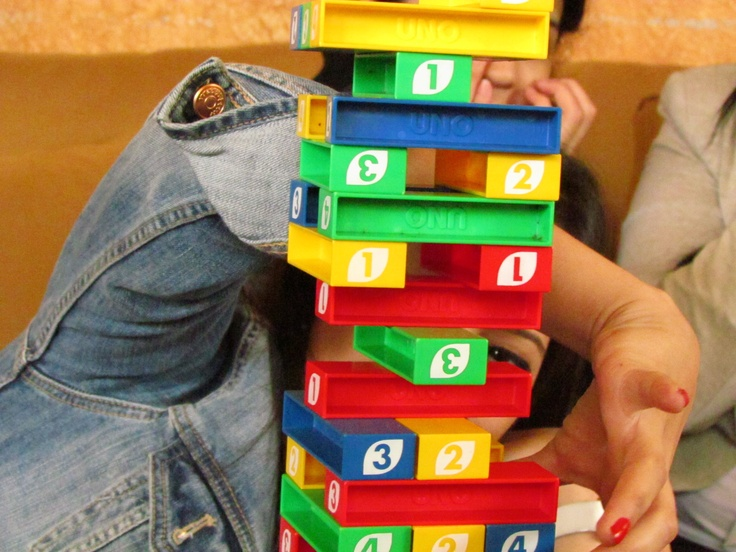 how to play uno stacko game