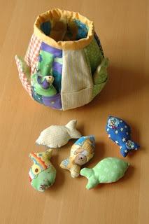 die besten 20 babyspielzeug selber machen ideen auf pinterest kinderseiten babyspielzeug. Black Bedroom Furniture Sets. Home Design Ideas