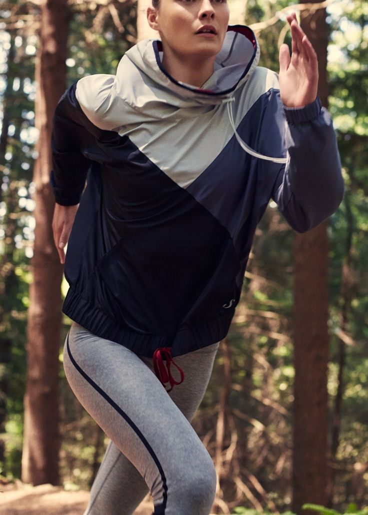 Fitness & running - cazadora canguro capucha | MNG