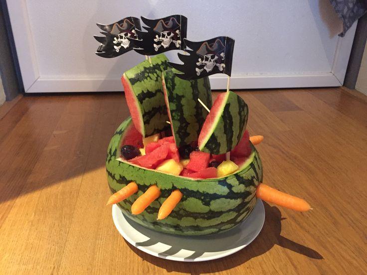 Piratenschip van watermeloen