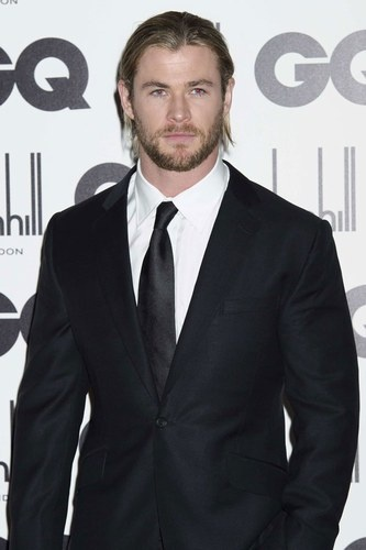 His brother Liam gets most of the glory, but it's new dad Chris Hemsworth who takes our fancy.