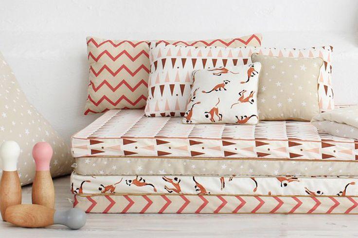 les 25 meilleures id es de la cat gorie salles de couture. Black Bedroom Furniture Sets. Home Design Ideas