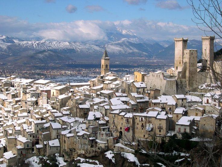 Italy, Abruzzo, Pacentro