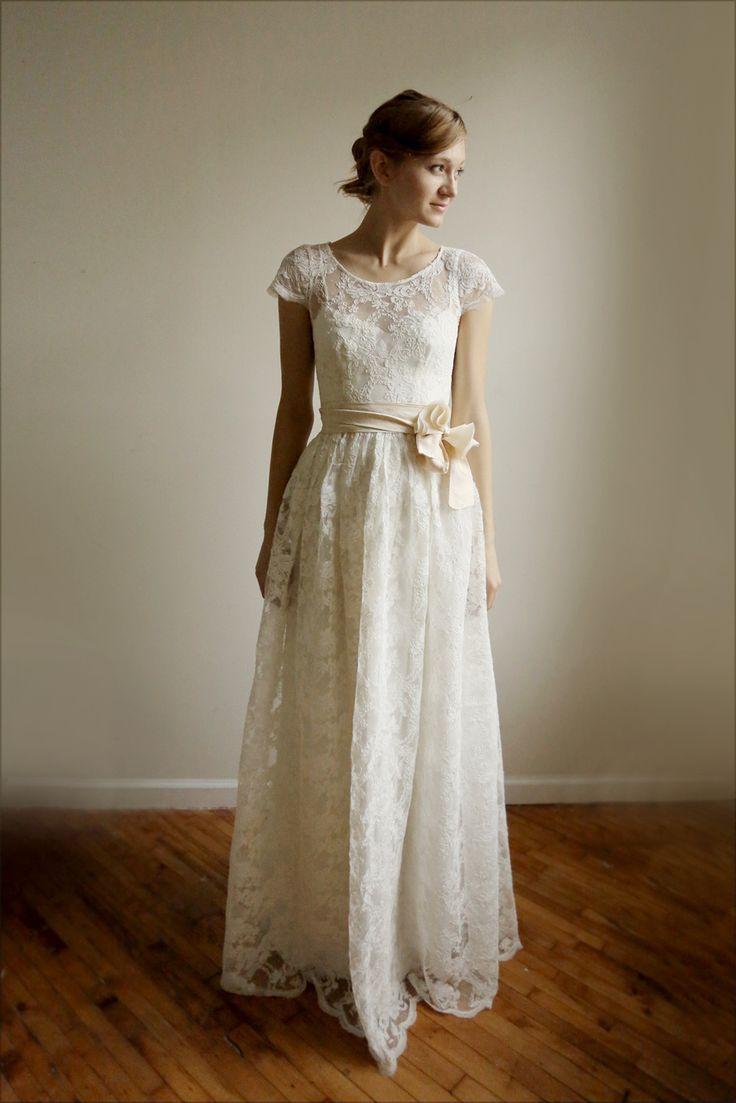 Leanne Marshall - Ellie-Ann Gown (http://www.leannemarshall.com/products/ellie-ann-gown.html)