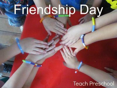 Making friendship bracelets in preschool from Teach Preschool: