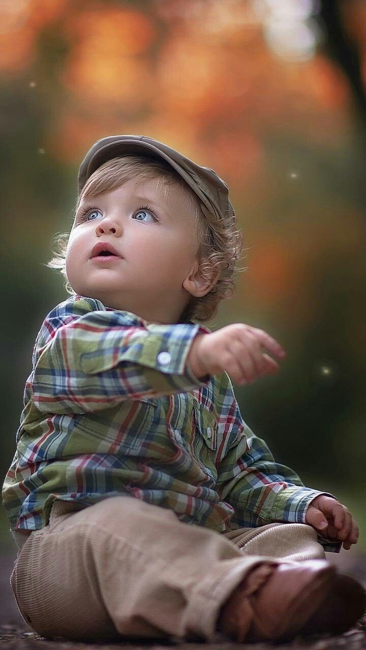 Pin By Muntaha Zia On Zedge Wallpapers Cute Babies Cute Baby Wallpaper Baby Poses