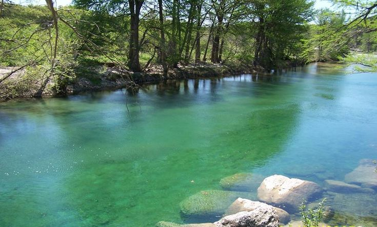 Frio River Cabins On The Bluff Log Cabins On The Frio River Ranked Top Ten Swimming Holes In