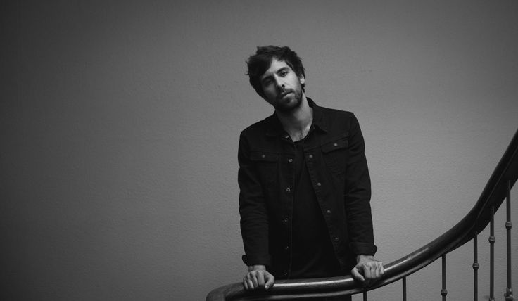 MAX GIESINGER – Roulette (Official Video) | AVALOST