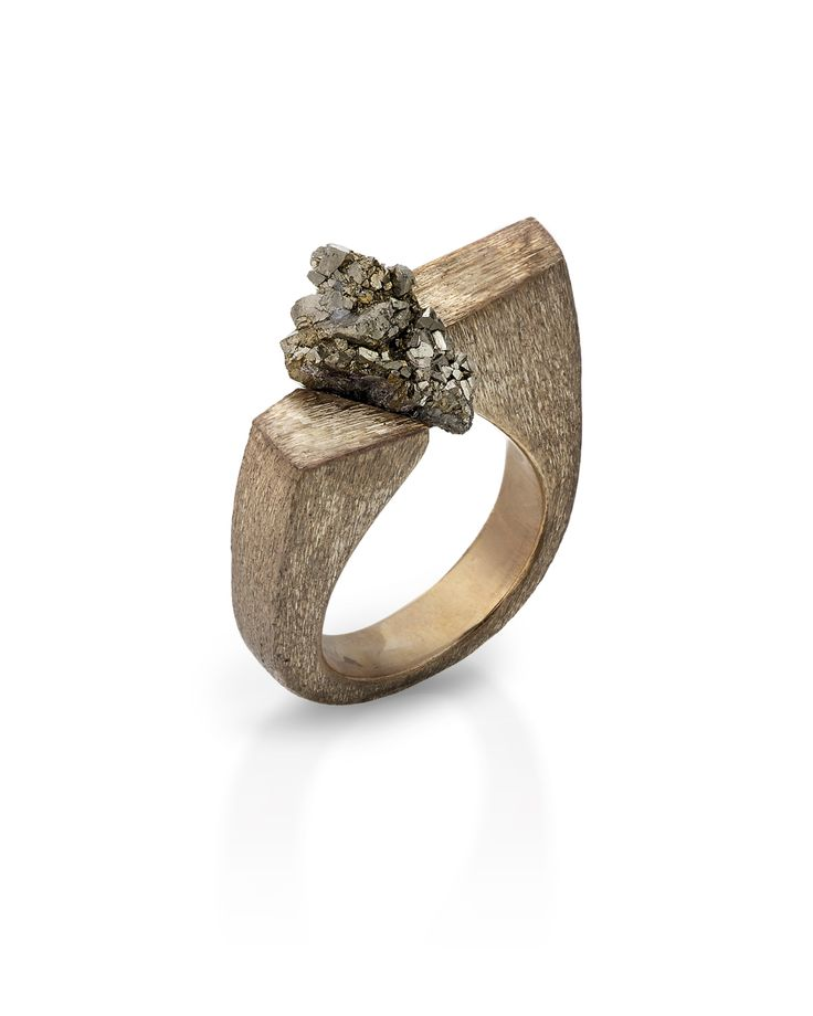 Shiva ring, bronze and raw pyrite, unique piece handmade. www.sarojdesignjewelry…