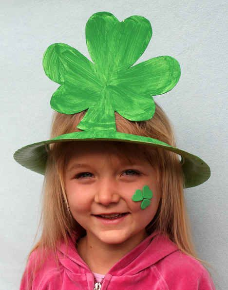 Shamrock Paper Plate Hat | 24 Super Fun St. Patrick's Day Crafts For Kids
