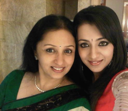 Trisha Krishnan With her Mother | Veethi