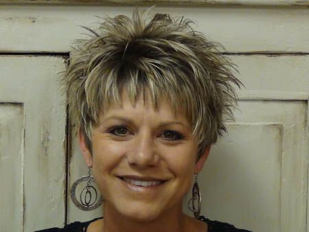 stylish short haircuts for middle aged women photos - Google Search