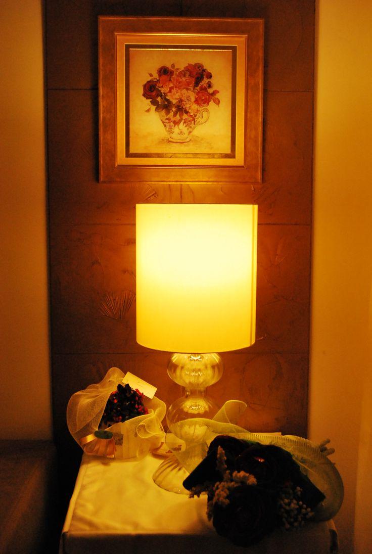 un angolo caldo e accogliente del mio showrrom a warm and comfortable corner of my showroom