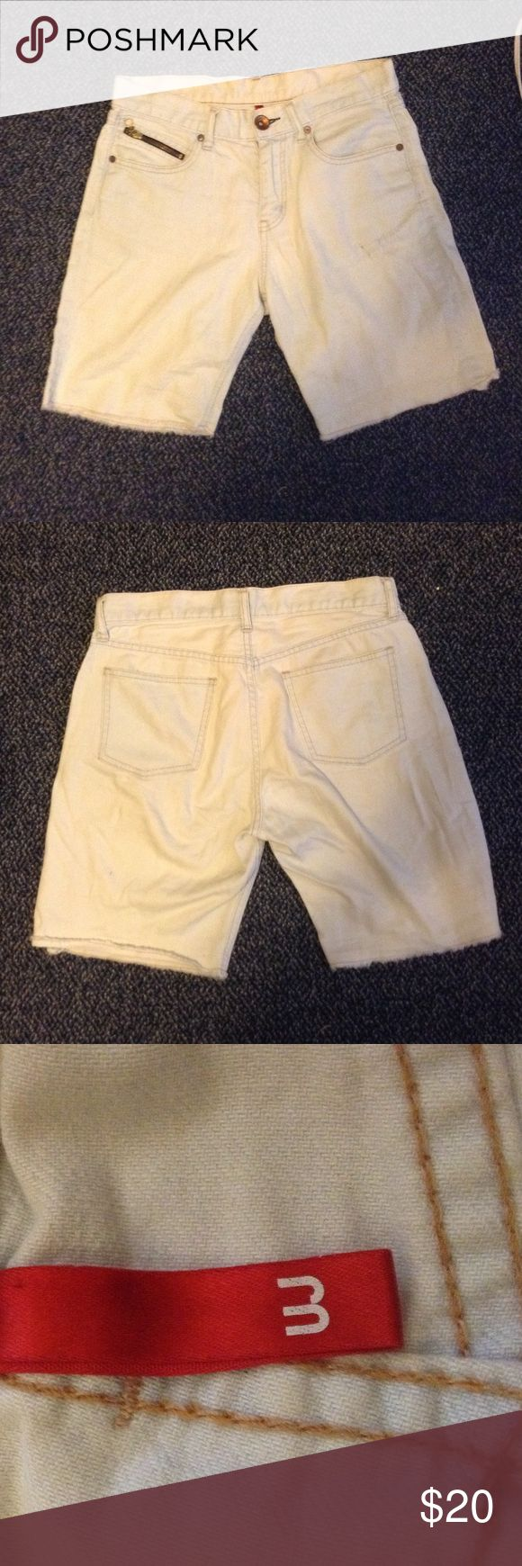UNIQLO mens jeans UNIQLO mens jeans shorts. Probably jeans at one point but cut to look like shorts. Were my boyfriends but he outgrew them. In good condition! Size is unsure but they fit small on me so I think 27. I can measure them if you want them! UNIQLO Shorts