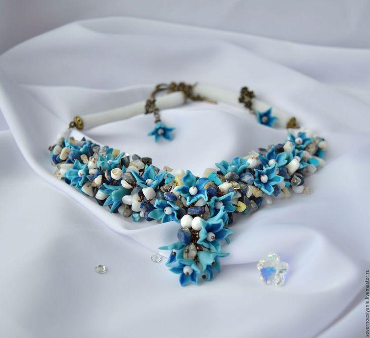 Купить Комплект из полимерной глины,камней и бисера Колокольчики. - голубой, белый, Колье с подвеской, колокольчики