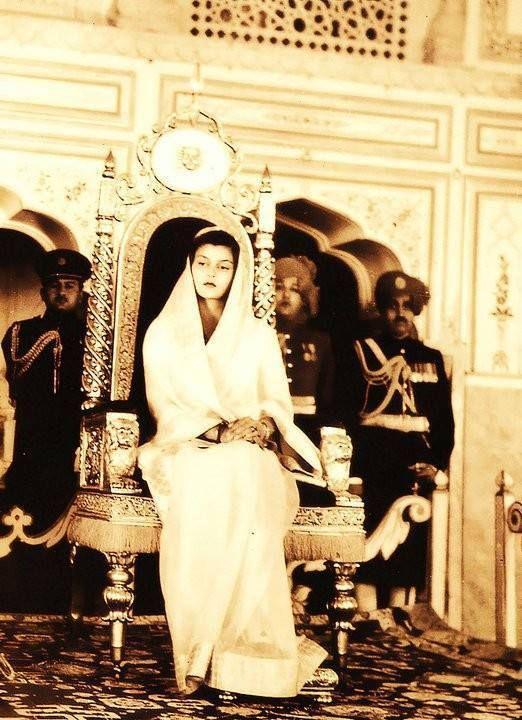 HER HIGHNESS MAHARAJMATA SHRIMATI GAYATRI DEVI - RAJMATA SAHIBA OF JAIPUR RIYASA By Rohit Sonkiya