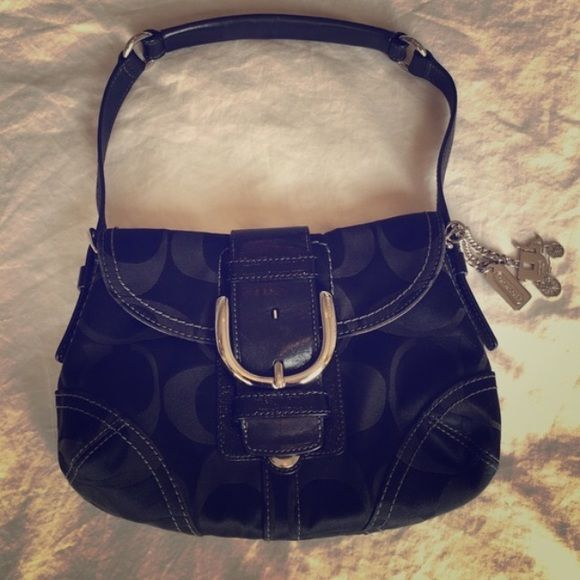 Coach purse, black Coach purse in black. Great for an evening out or for those who don't need a catch all bag. Like new. Non-smoking household. Coach Bags