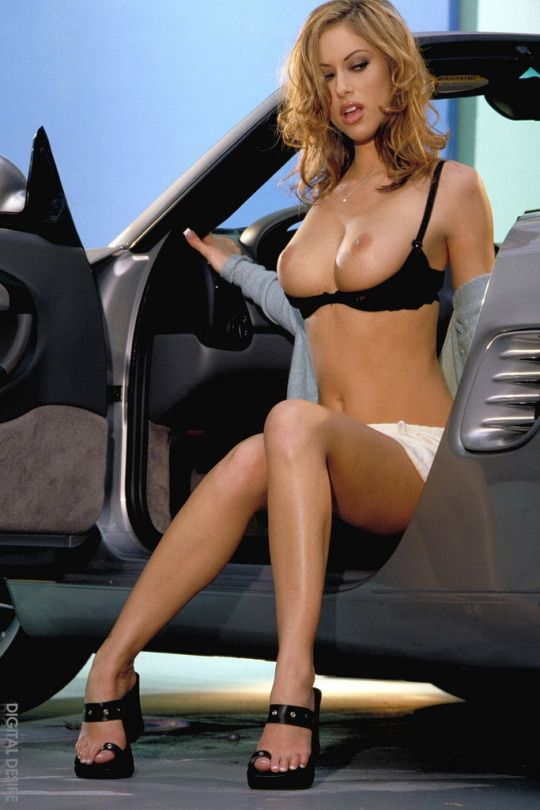 Photos of cars with naked women in them 14