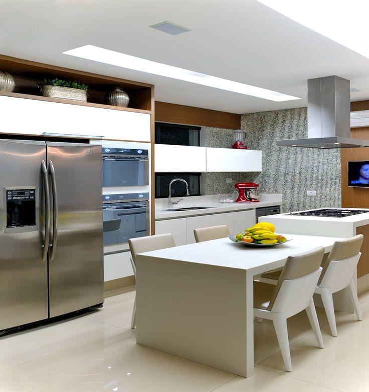 Cozinha Residência RK: Cozinhas modernas por Chris Brasil Arquitetura e Interiores